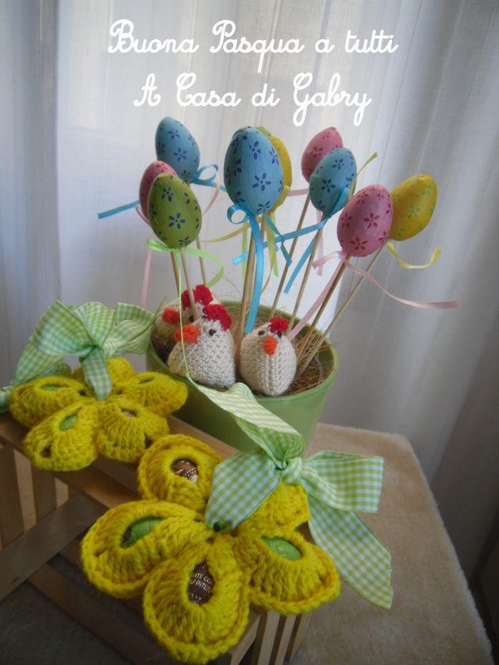 Buongiorno a tutte carissime amiche e buona settimana. Oggi vi propongo un lavoretto facile facile, è un fiore porta-ovetti molto carino da...