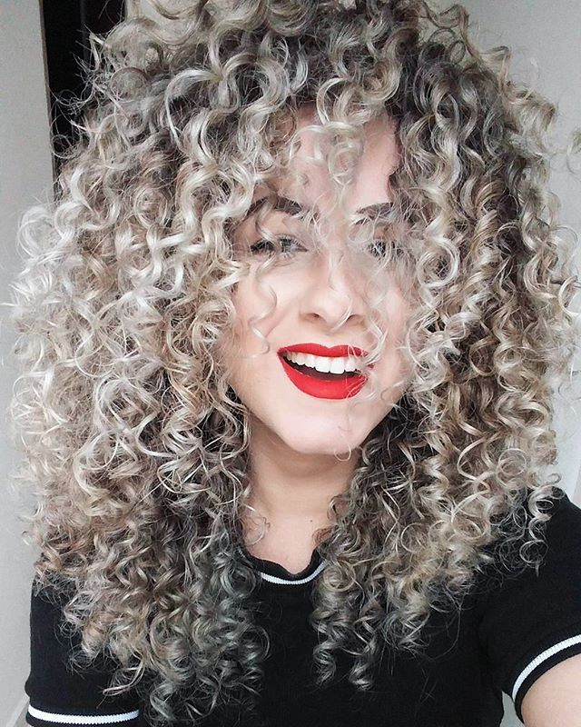 Stunning curls with lovely color. x
