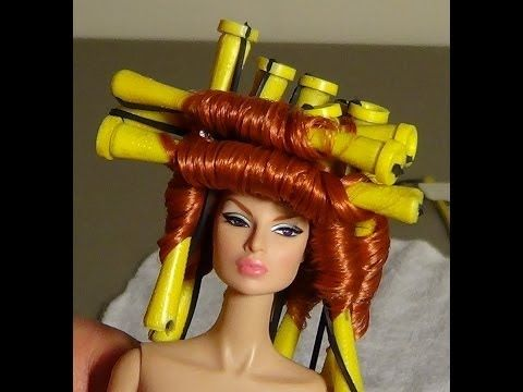 Elio's How To: Curl Doll Hair With Hair Rods - YouTube