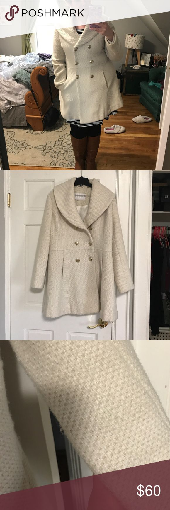 Jessica Simpson peacoat ❄️❄️ Beautiful peacoat from Jessica Simpson a few years back! I wore it a lot the first year I got it but haven't since. This coat is about 2.5 years old and freshly dry cleaned! There is some light pilling as it was gently used for a season but it is otherwise is wonderful condition. No tears or stains. This will make you feel warm and cozy like you're in an ABC holiday special! Make me an offer! Jessica Simpson Jackets & Coats Pea Coats