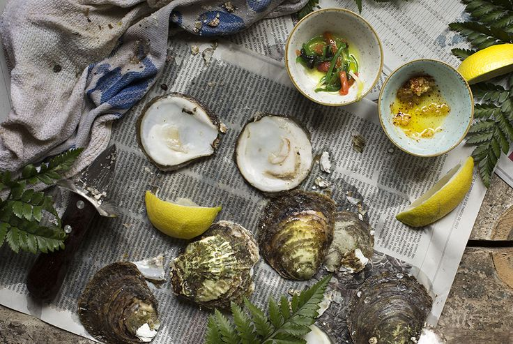 JAPANESE & SPANISH DRESSING.HOW TO OPEN AN OYSTER. OSTRAS A LA PARRILLA CON ALIÑO JAPONÉS Y MANCHEGO. COMO ABRIR UNA OSTRA