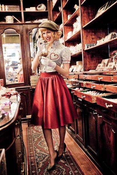 Love the retro styling, perfect for an hourglass shape -- Lena Hoschek dress  http://shop.lenahoschek.com/