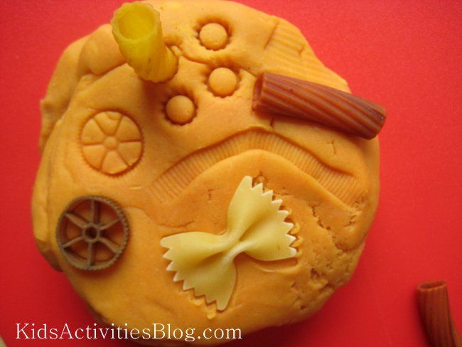 Play Dough & Pasta - making impressions