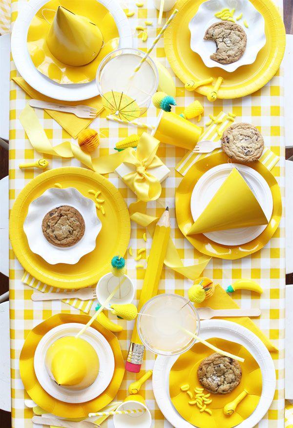 ideas para decorar fiesta de amarillo chillón