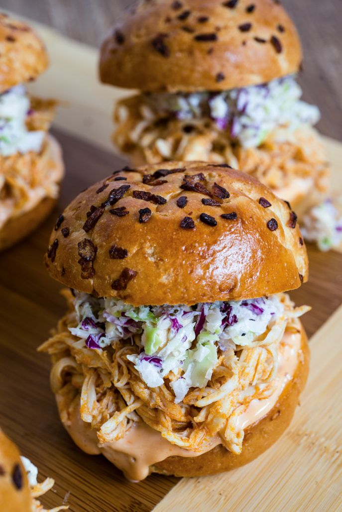 Perfect World Cup party food! Buffalo Chicken Sliders with Blue Cheese Coleslaw - Yum! everydaygoodthinking.com @Jessica Rybarczyk Beach
