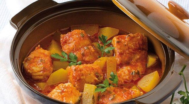 La ricetta del baccalà in umido con patate, ingredienti e preparazione. Ecco come preparare il baccalà in umido con patate, ottimo secondo di pesce.