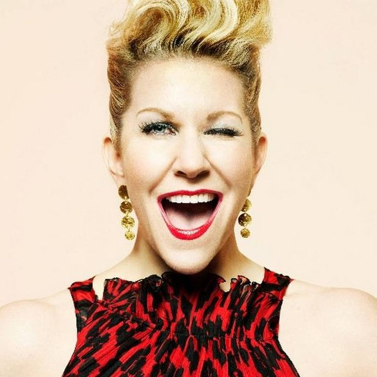 Opera star Joyce DiDonato leads poll on who should sing the national anthem at the World Series. Fans of opera star Joyce DiDonato, who grew up in Prairie Village, have been using the hashtag #LetJoyceSing on Twitter.