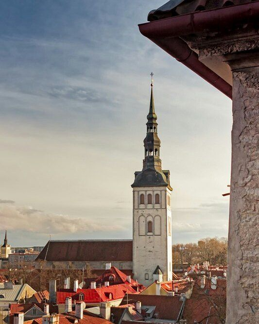 St Nicholas church in the old town of Tallinn Estonia.  http://ift.tt/1uGTkJi  #picoftheday #travel #tallinn #estonia #travelpics #ig_estonia #photooftheday #all_shots #instagood #globe_travel #ig_instagram #ig_great_shots #ig_worldclub #vironhetki #bns_bestimage #worldbestgram #topstreetphoto #shotwithlove #VisualAmbassadors