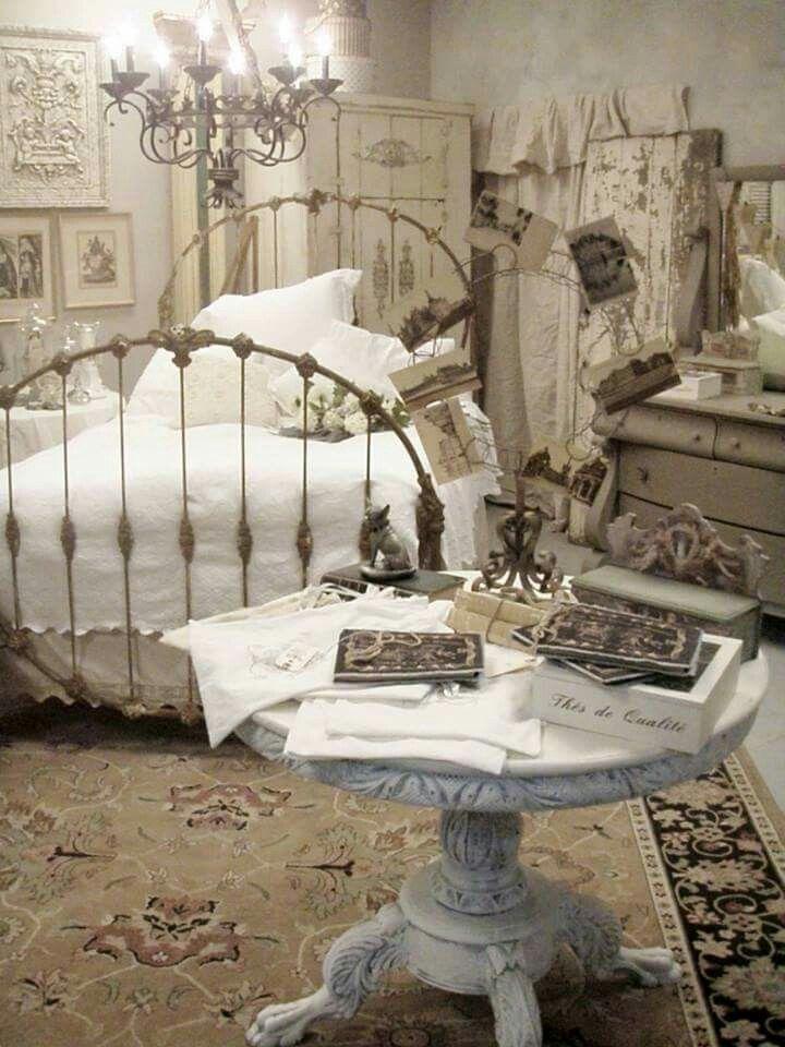 Meer dan 1000 idee n over chique slaapkamers op pinterest shabby chic shabby chic decoratie - Shabby chique kamer ...