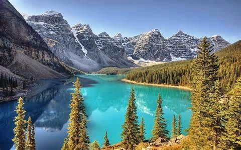 Glacier water is so green http://www.mediamarksmen.com/