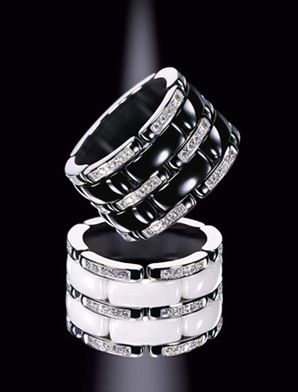 Combining the sleekness of black and white with the sparkle of diamonds