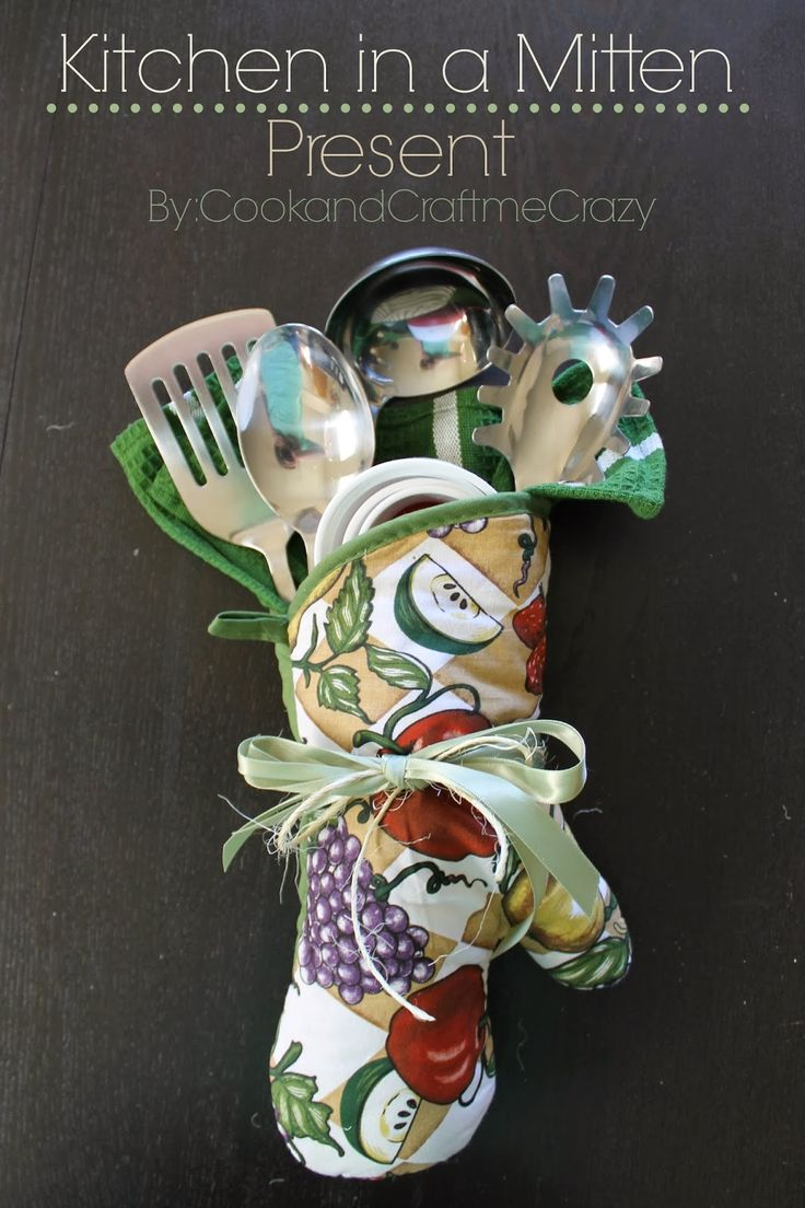Cook and Craft Me Crazy: Kitchen in a Mitten - Present