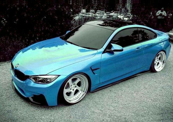 BMW F82 M4 blue deep dish