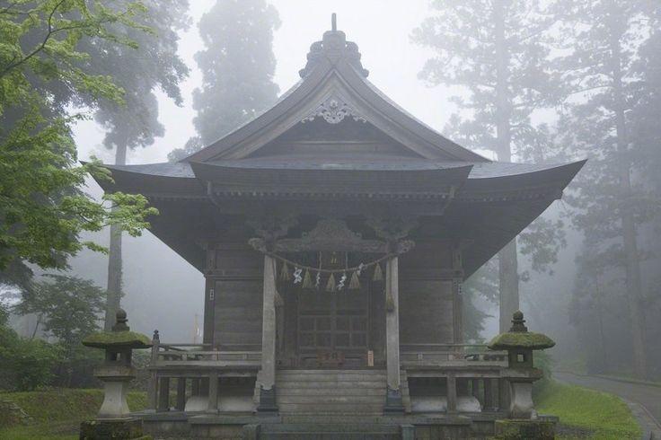 Гора Хагуро,- Япония
