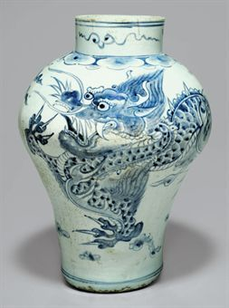 A Large Blue and White Porcelain Dragon Jar. Joseon dynasty (18th-19th century)
