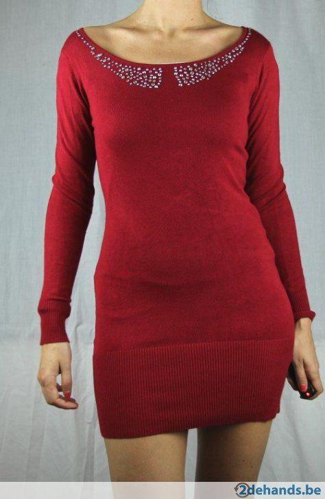 Bordeaux korte jurk / lange trui van Moggy's - Maat M/L