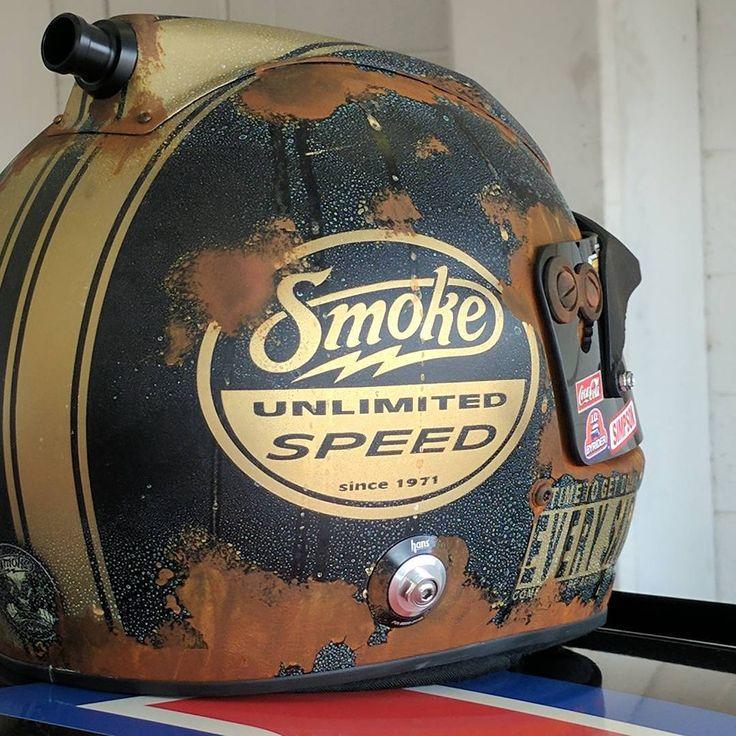 Tony Stewart's last NASCAR helmet is awesome! https://racingnews.co/2016/11/16/last-tony-stewart-paint-scheme-always-racer/ #nascar