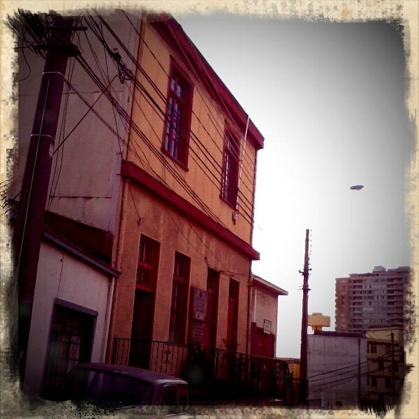 Cerro Los Lecheros, Valparaíso.  Pablo Neruda lived in this house as a refugee when prosecuted for being a member of the Communist party.  Pablo Neruda vivió como refugiado en esta casa cuando fue perseguido por ser del Partido Comunista.