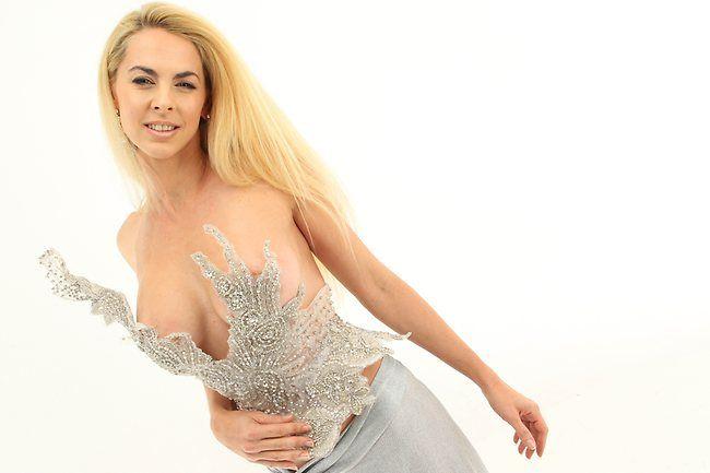 Ruth Tarvydas designs | Ruth Tarvydas' sexiest gowns | News.com.au Bree Maddox