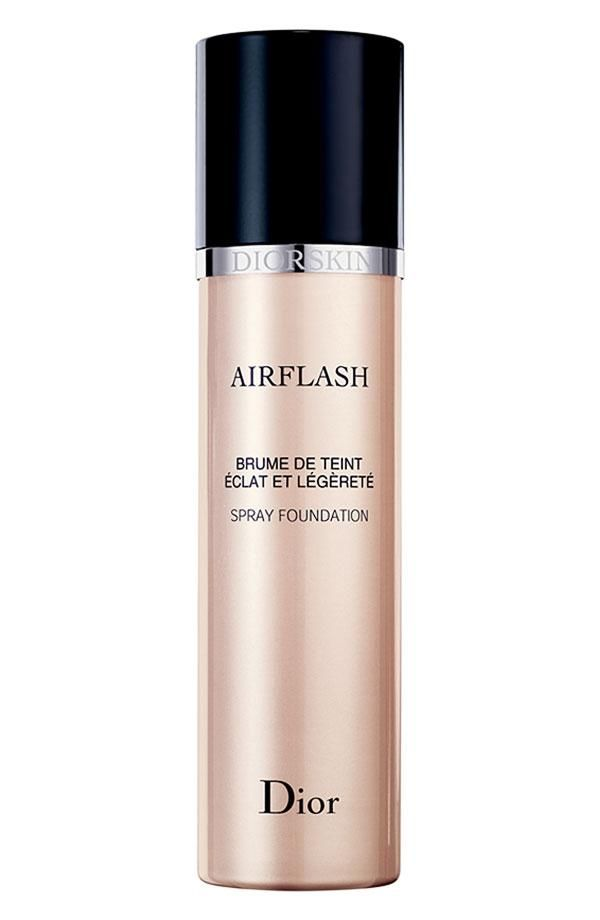 For women who don't like liquid foundation, this Dior Spray Foundation is so light!