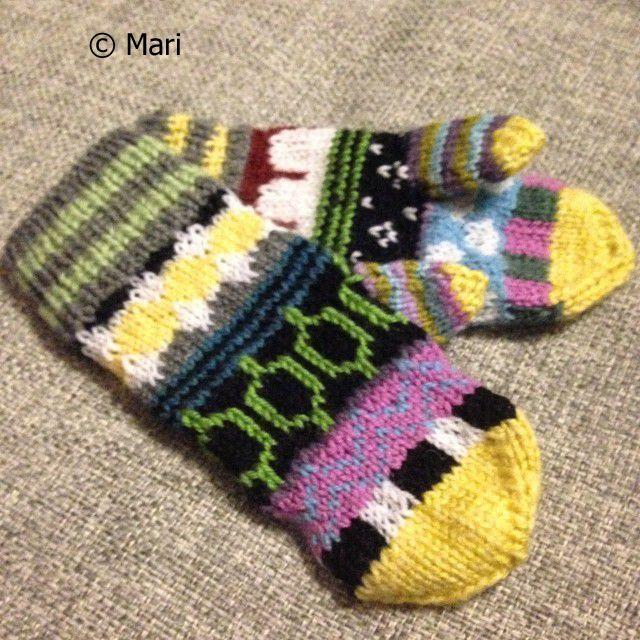 Virkatut lapaset Marimekko-kuosein / Crochet mittens with Marimekko patterns