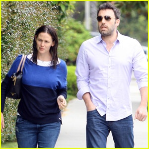 Jennifer Garner & Ben Affleck: School Meeting: Big Screens, Schools Meeting, Ben Affleck, Famous People, Jennifer Garner