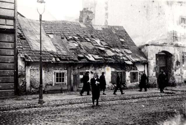 Warsaw, Poland, A street scene in the ghetto.