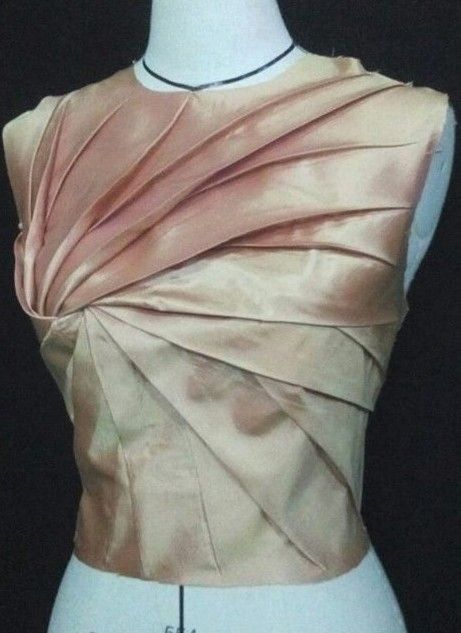 Innovative Pattern Cutting - spiral pleated bodice; fabric manipulation; creative sewing; pattern making inspired by Shingo Sato