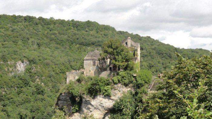 achat vente maison forte a vendre baudille de la tour isere rhone alpes creativcastle