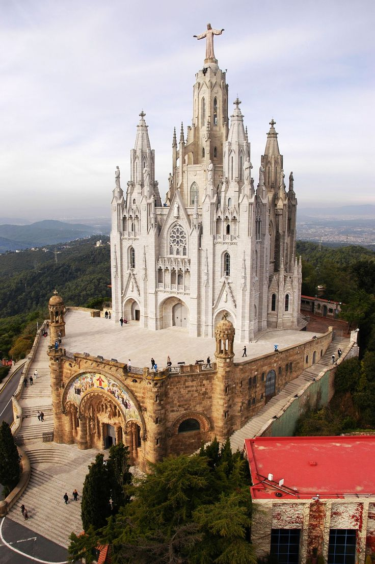 Barcelona is possibly one of Europe's most iconic cities. From the stunning works of Gaudi to the sunset views fromSagrat Cor, there's a slice of Barcelona that's perfect for everyone.