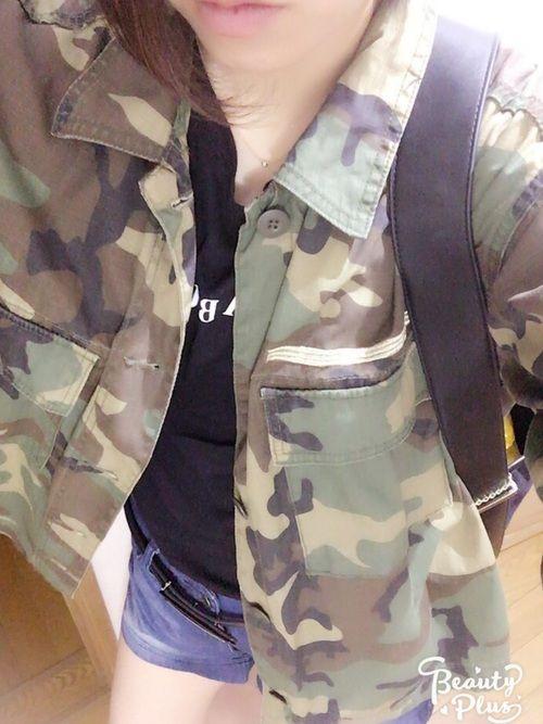 今日はショーパン気分♬ 迷彩シャツに合わせて黒でかっこよく☆
