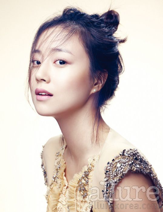 Moon Chae Won for Allure Korea, May 2012