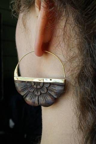 Wooden Earrings – Flower earrings Brass – Giant Rising Solar