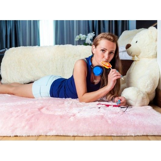 Ružový kusový koberec plyšový