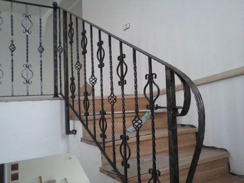 LAZAR FLORIN CONFECTII METALICE I.F. - Modele balustrade, scari si balcoane din fier forjat - Model: 80BSB65 - 10 ani de experienţă în domeniu. Seriozitate, corectitudine şi ...