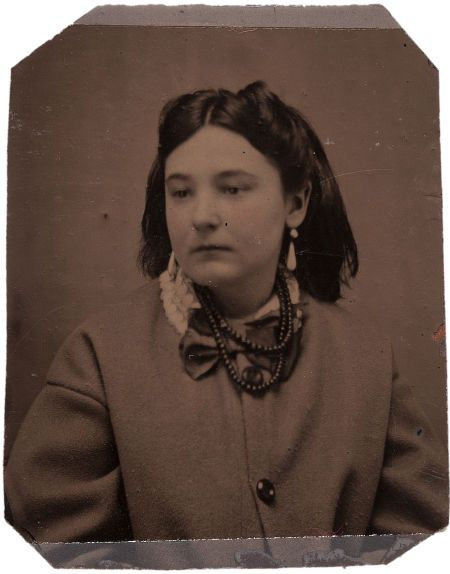 """A tintype of Pearl Starr, daughter of notorious """"Bandit Queen"""" Belle Starr, and possibly the daughter of Cole Younger."""