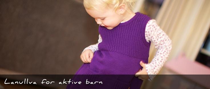 Merino wool dress for little girls