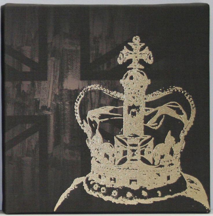 Kelly Hoppen The Coronation Wall Art.