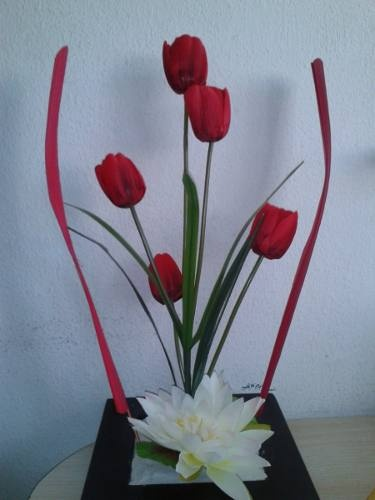 17 best images about arreglos florales on pinterest - Centros de mesa artificiales ...