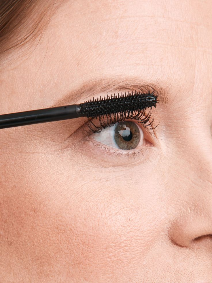 4 Steps To Apply Mascara Perfectly, Every Time
