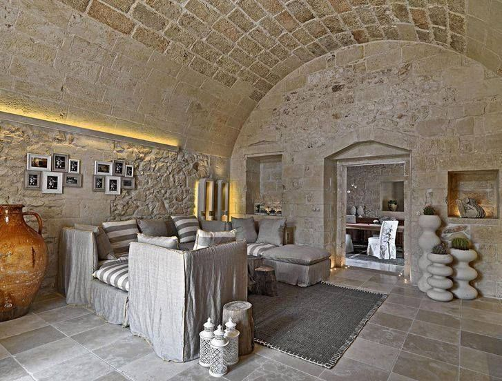 Awesome #Natural #stone Is A Common Feature In #Maltese Houses. What Colour Scheme
