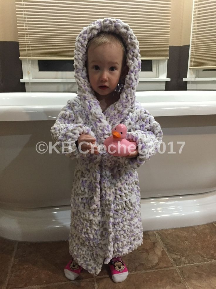 My daughter outgrew the bathrobe I made her, so it was time to get a new one started! She's still wearing 18 months due to her tiny little waist, but she really needs the length of a 2T. Th…
