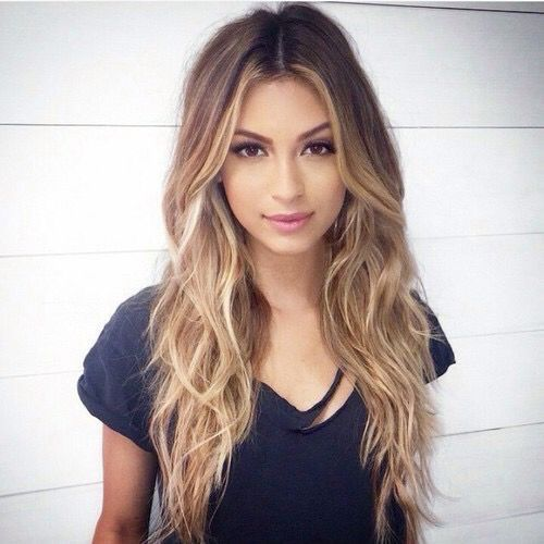 Gorgeous ombre, beachy waves.