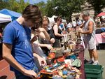 The best free events and festivals in NYC   brooklyn flea saturday in for greene and sunday in williamsburg