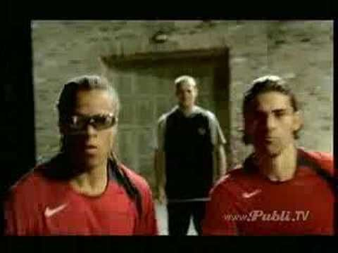 Nike Futbol en casa - YouTube