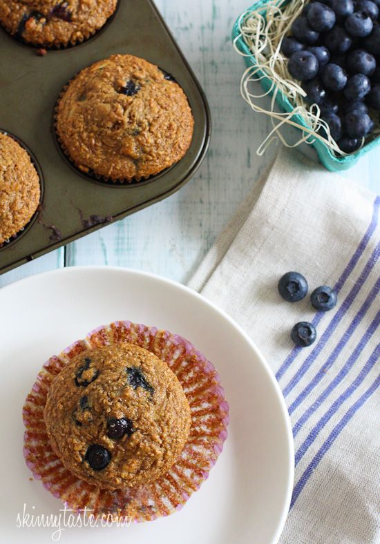 Honey Coconut Blueberry Bran Muffins | SkinnytasteSkinnytaste Breakfast, Honey And Coconut Recipe, Weights Watchers, Coconut Blueberries, Blueberries Bran Muffins, Honey Coconut, Healthy Food, Cleaning Eating Bran Muffins, Healthier Eating