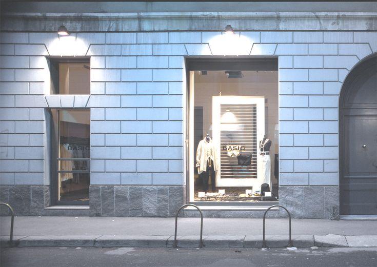 The outside of Dolce e Gabbana store by Claudio Nardi Architects in Via Sant'Andrea, Milano. #DG #dolce #gabbana #milano #santandrea #store #fashion #design #contemporary #design #showcases
