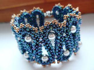 Rhythym of the Sea Bracelet (Sara Zsadon mintája alapján)