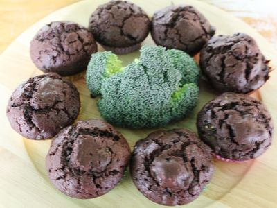No - you are not seeing things, we have actually put chocolate AND broccoli into the same cupcake, and it tastes really great too. This is such a clever way to sneak some greens into afternoon tea time or perhaps picnic snacks, especially if you're trying to tempt fussy eaters. You could cover these with some lovely gooey chocolate icing to make them even more delicious, but they're fine as they are.