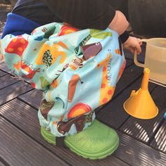 GrinseStern: matschhosen aus Wachstuch
